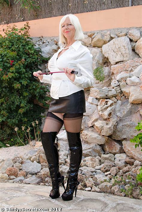 Fetish Mommy With A Crop Whip Mature Xxx Pics