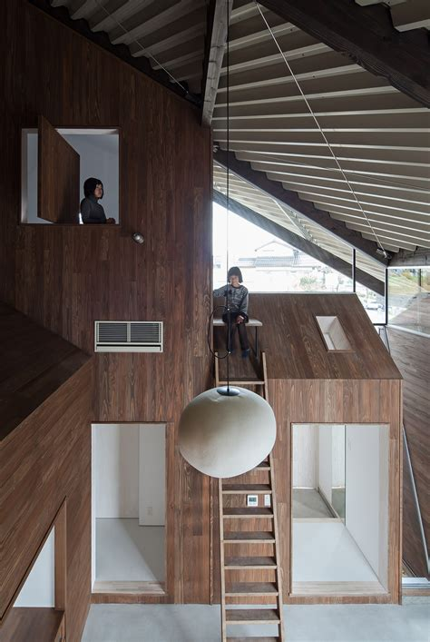 rain shelter house ym archdaily