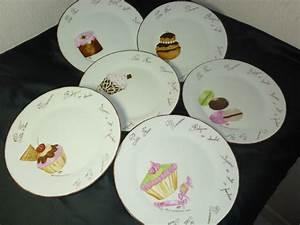 Assiette A Dessert : assiettes dessert gourmandises valse 3 temps couleurs pinceaux porte plumes ~ Teatrodelosmanantiales.com Idées de Décoration