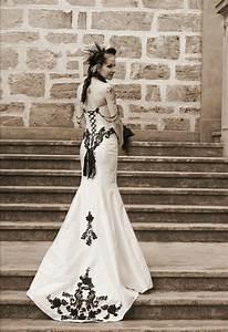 tanya ross39 elegant victorian gothic wedding corset With gothic corset wedding dresses
