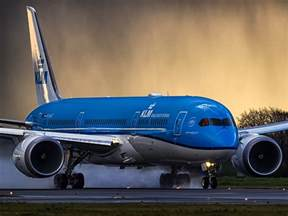 best paint for home interior flight with a klm boeing 787 dreamliner