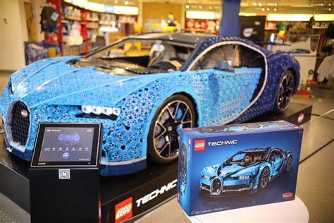 Here's a better look at the inner workings of the vehicle. Life-Sized LEGO Technic Bugatti Chiron Now at LEGOLAND California - The Brick Fan