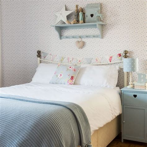 Bedroom Wallpaper Country by Country Bedroom Pictures Ideal Home