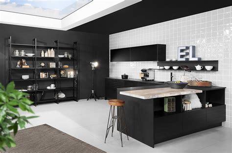 Küchenplanung Mit Insel by Designerk 252 Che In Schwarz Mit Insel