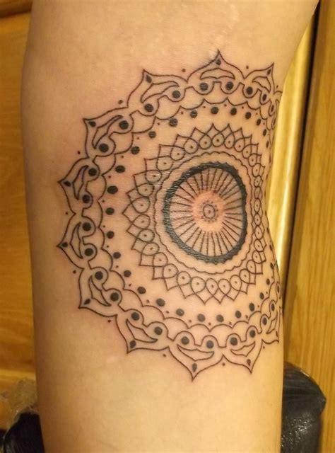 mandala tattoos designs ideas  meaning tattoos
