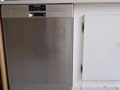 reparer soi mme lave vaisselle lave vaisselle r 233 parer lave vaisselle siemens ecostar programme ne tourne qu 1 min et reste