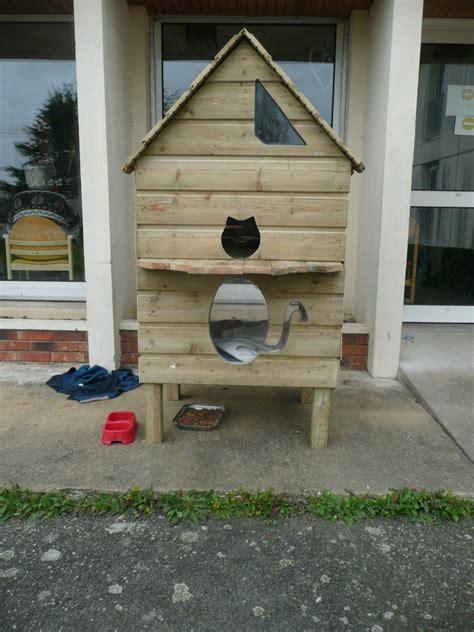 cabane exterieure pour chat abris de fortune pour chats nomades