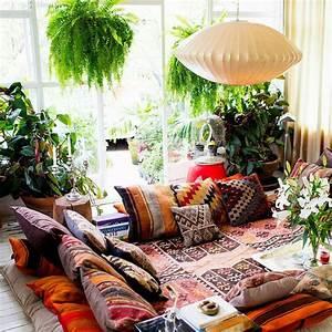 15 Creative Ways in Hippie Home Decor