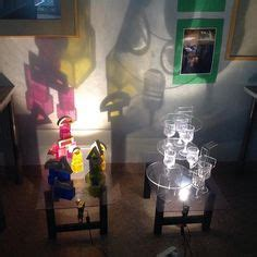 color mixing overhead projector light  shadows