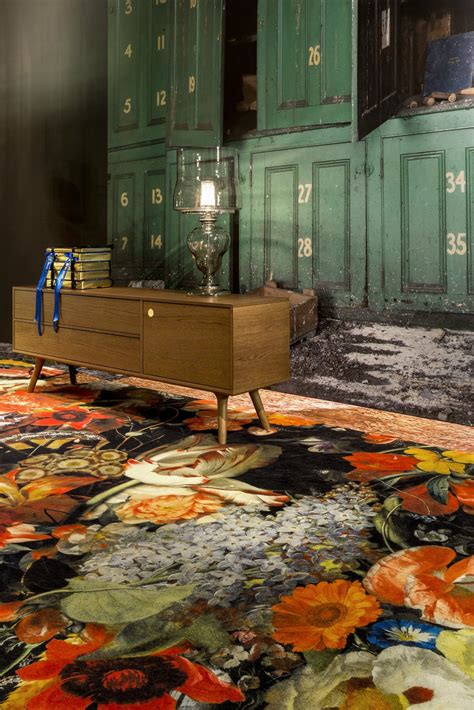 Moooi Carpets Dwell