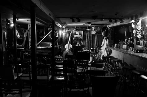 jazz clubs  nyc    spots  discover  talent