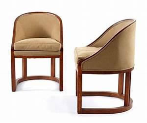 Fauteuil Assise Haute : travail fran ais paire de fauteuils dossier gondole haute assise reposant ~ Teatrodelosmanantiales.com Idées de Décoration