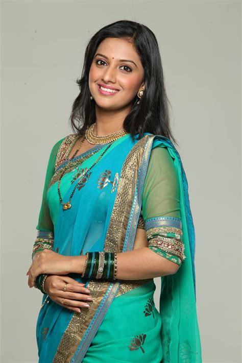 tejashri pradhan marathi actress photosbiography