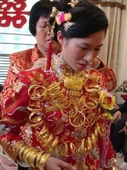 set murah dress 土豪 人民币花束求婚 中外有钱人的雷人炫富 博览 环球网