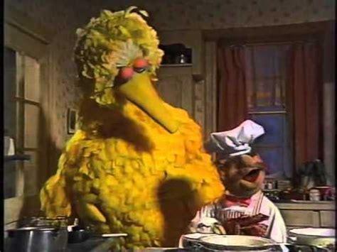 Big Bird a Muppet Family Christmas