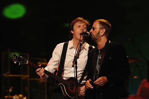Beatles Paul Mccartney And Ringo Starr To Reunite At 2014