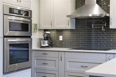 kitchen cabinets port coquitlam indoor kitchens genesis kitchens 6329