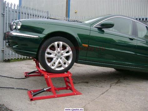 25+ Best Ideas About Hydraulic Car Lift On Pinterest