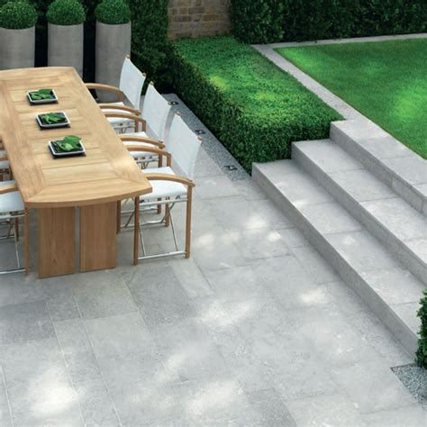 White Paving Stones by Single White Paving Slabs Back Garden