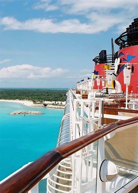 castaway cay bahamas disney cruise line s little piece