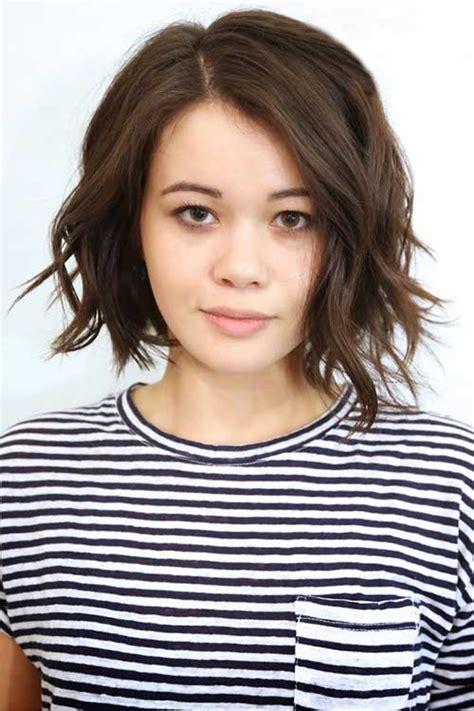 beautiful short wavy hairstyles  women  wow style