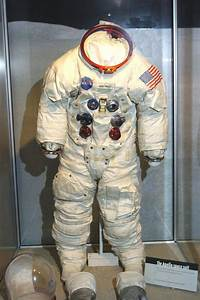 Neil Armstrong Astronaut Suit - Pics about space