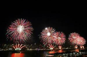 History Of Fireworks In America  Why Do We Celebrate Fourth Of July With Fireworks