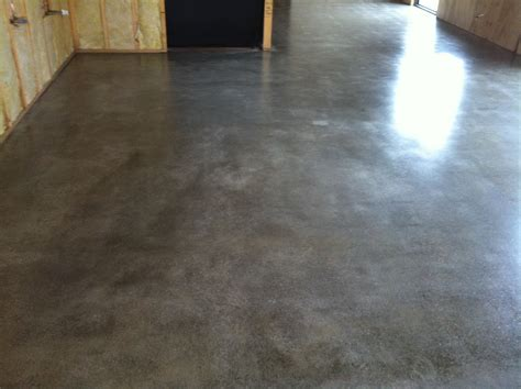 polished concrete floor modern house