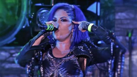 Arch Enemy 'war Eternal' Performance Clip From 'as The