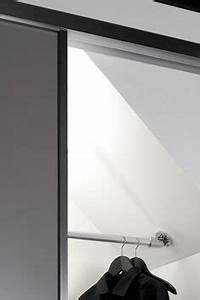 Kleiderstange Für Dachschräge : galschiebet r f r begehbaren kleiderschrank glasschiebet r hausbau milchglas glast r ~ Frokenaadalensverden.com Haus und Dekorationen