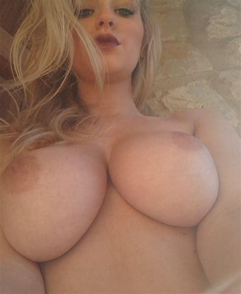 Topless Selfie Porn Pic EPORNER