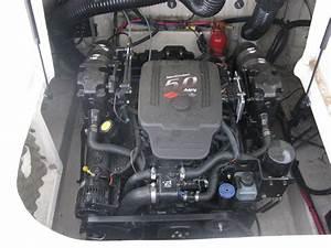 2004 Sea Ray 240 Deckboat  Mercruiser 260 Stern Drive 5 0