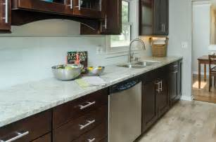snow white 4x12 glass subway tile backsplash