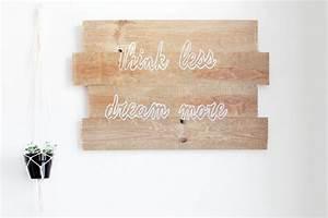 Tableau Enfant Bois : comment fabriquer un tableau en bois avec une citation ~ Teatrodelosmanantiales.com Idées de Décoration