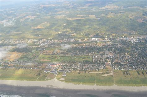 File:Aerial View of Gearhart, Oregon.JPG - Wikimedia Commons