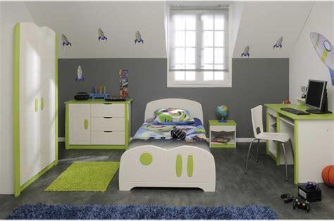 chambre d enfants garcon davaus chambre garcon gris et vert avec des idées