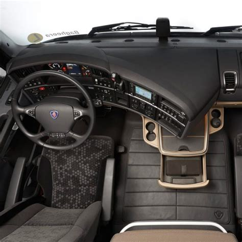Interni Scania R - v8 performance and redefined luxury in the scania r series