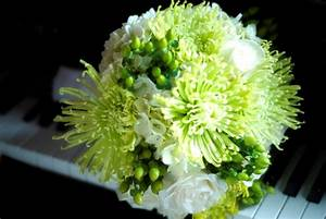 White Spider Mum Bouquet | www.imgkid.com - The Image Kid ...