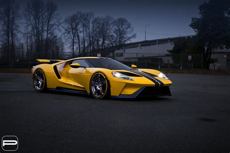 Ford Gt by Ford Gt On Custom Wheels Is Wallpaper Material