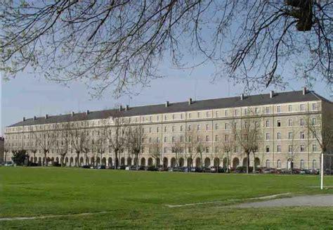 bureau de service national du lieu de recensement le quot centre des archives du personnel militaire quot rejoint le