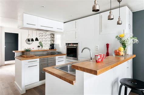 plan de travail ilot cuisine cuisine bois moderne idées pour un intérieur chaleureux