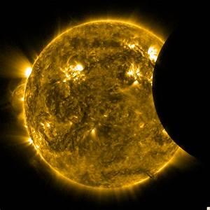 Il video dell'eclissi solare parziale visibile dallo ...