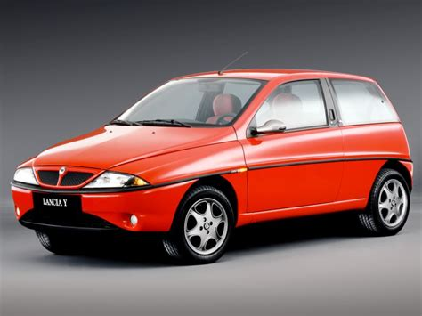 Lancia Y: storia e caratteristiche della prima generazione ...