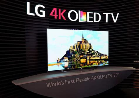 LG stellt nur 1mm dicke biegbare OLED Displays vor // CES 2017
