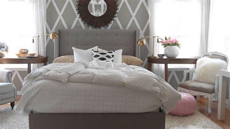 Light Grey Wooden Bedroom Furniture Ideas