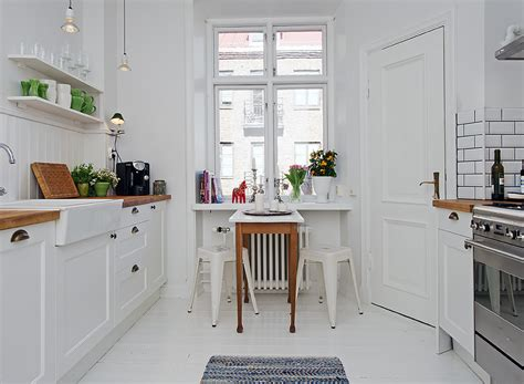 Making A Small Galley Kitchen Work