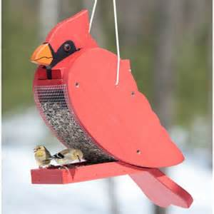 cardinal shaped wooden feeder