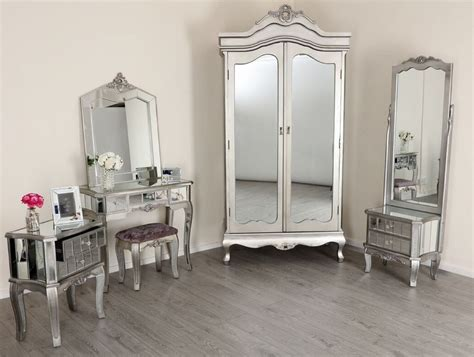 Mirrored Bedroom Sets by Excellent Idea To Mirrored Bedroom Furniture