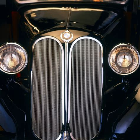 BMW Celebrates 80 Years of 6-Cylinder Engines and Kidney ...