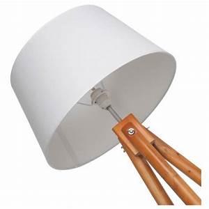 Stehlampe Weißer Schirm : stehlampe wei holz good stehlampe wei holz with stehlampe wei holz cool elegant tischlampe ~ Frokenaadalensverden.com Haus und Dekorationen